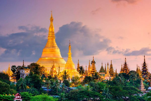 views of Shwedagon Pagoda