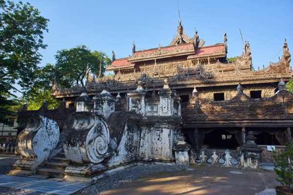 Shwenandaw Monastery Exterior